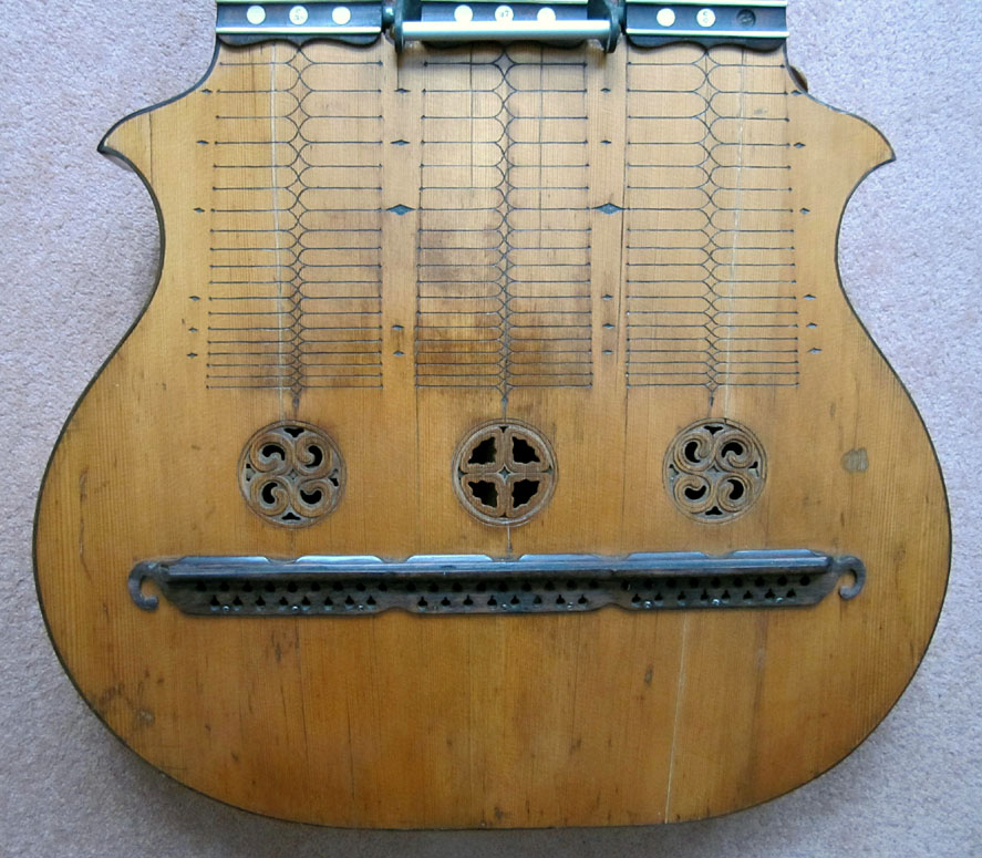 gregg 39 s blogg blog archive is it possible to have too many strings on a guitar. Black Bedroom Furniture Sets. Home Design Ideas