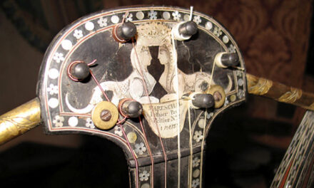 In Search of Genoese Harp Guitars, Part 10: A Visit with a Guitar Collector's Guitar Collector