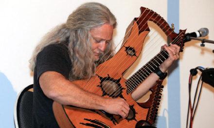 HGG10: Keith Medley and his 27-string Harp Guitar