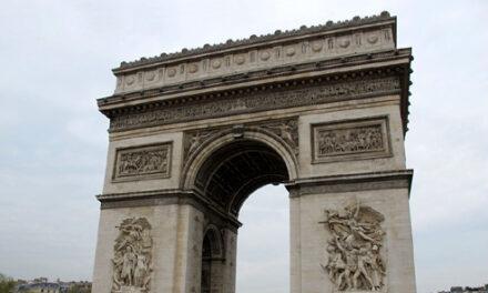 An American Ignoramus in Paris