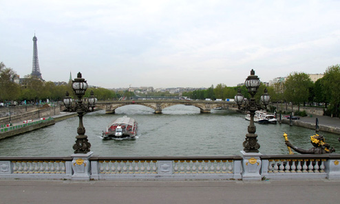 Paris by Red Bus