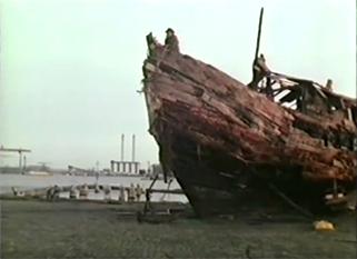 singer-boat