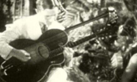 Eddie Peabody in Hula Heaven: Plectrum Harp Guitar Excerpt